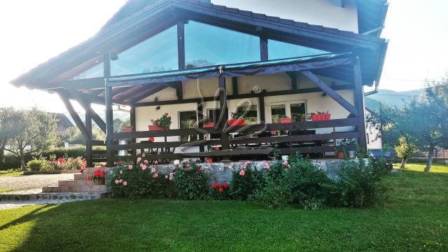 Vila DUMBRAVA DE LA RAU