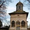 Ruinele și Biserica Brâncovenească din Doicești, Dâmbovița.